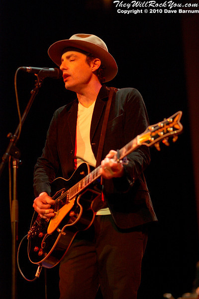 845311623 EG5UN L Concert Gallery:  Jakob Dylan / Northampton, MA